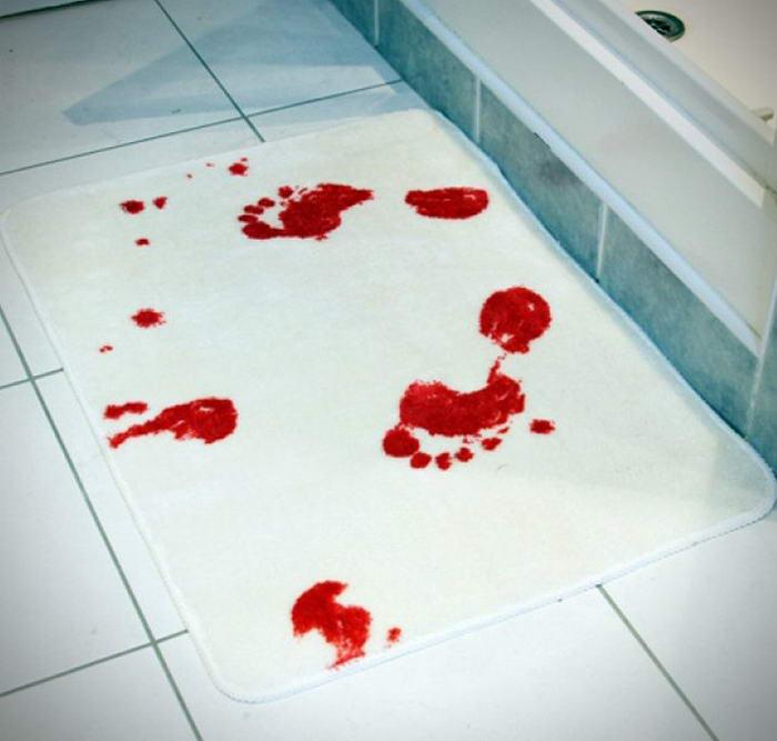 Spinning Hat Blood Bath Mat